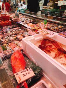 19.02.22黒門三平鮮魚売場